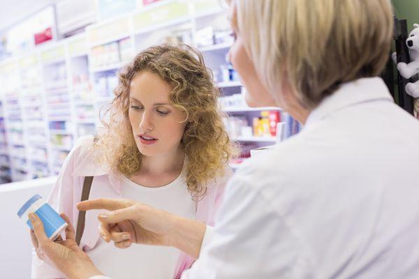 Лучше всего лечение начать с консультаций отоларинголога.Только после этого врач назначает правильное лечение.Все эти средства снимают симптомы, но не излечивают заболевание.