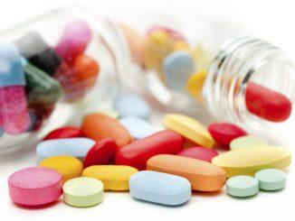 Столкнувшись с проблемой, не надо уповать на то, что справиться с ней помогут таблетки. Вылечить систематическое нарушение сна можно, устранив причину его возникновения